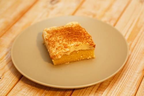 Pampered Chef Schmandkuchen Kuchenstück