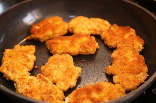 Thermomix Chicken Nuggets in der Pfanne braun