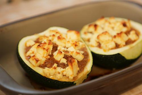 Pampered Chef Ofenhexe gefüllte Zucchini