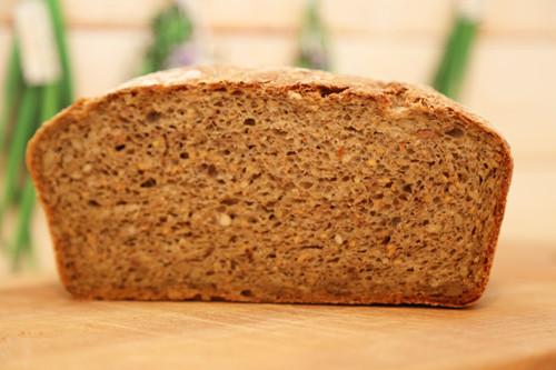 Dinkel-Müsli-Brot Laib