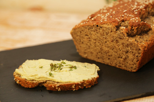 Pampered Chef Zauberkasten Buchweizen Körner Brot mit Guacamole