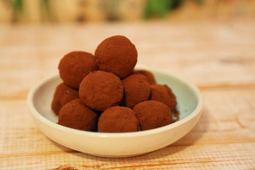 Thermomix Kakao-Dattel-Quarkbällchen