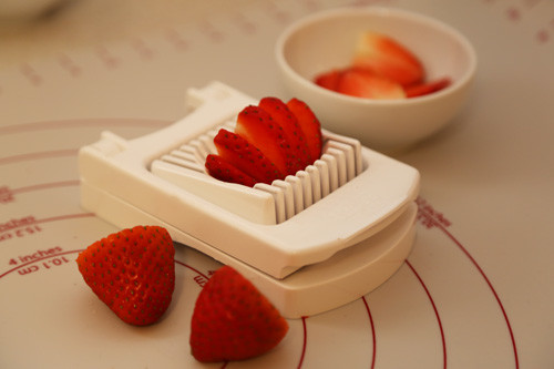 Pampered Chef Eierschneider für Erdbeeren