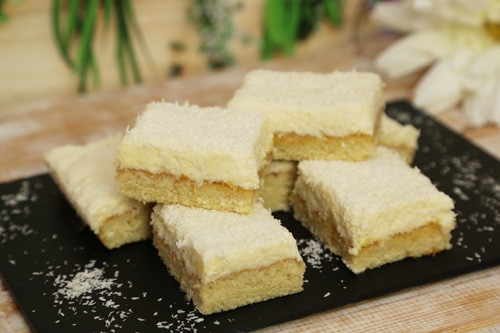 Pampered Chef Ofenzauberer Kokos-Mango-Kuchen Stücke