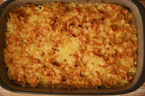 Pampered Chef Brokkoli-Lachsauflauf in Ofenhexe überbacken