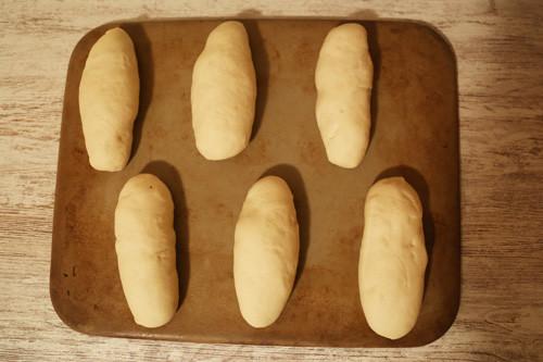 Pampered Chef Hot Dog Brötchen Teiglinge aufgegangen