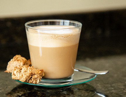 Pampered Chef Müsli-Happen fertig mit Kaffee