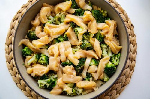 Pampered Chef runde Stoneware Brokkoli und Hähnchen