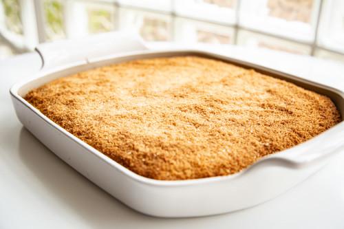 Pampered Chef Bäker Kokos-Buttermilch-Kuchen fertig gebacken