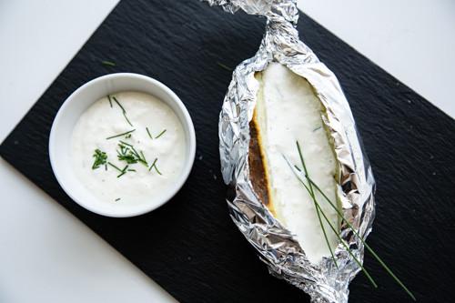 Thermomix Backkartoffel mit Sour-Cream-Dip