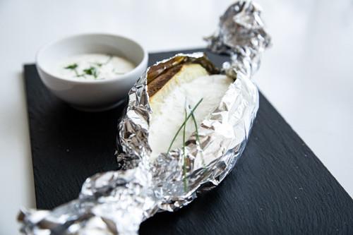 Thermomix Baked Potato mit Sour-Cream-Dip