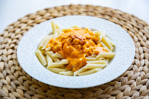 Thermomix Nudeln mit Lachs-Tomatensauce