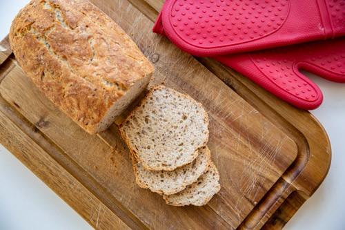 Pampered Chef Vollkorn-Einkorn-Dinkel-Brot von oben