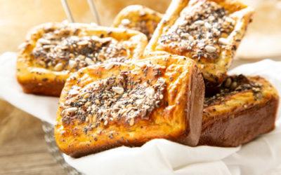 Eiweißbrötchen in der Mini-Kuchenform