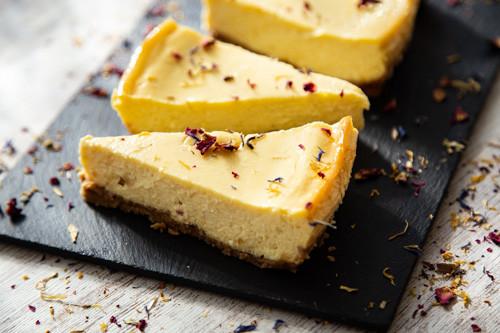 Pampered Chef Mango-Käsekuchen Stück
