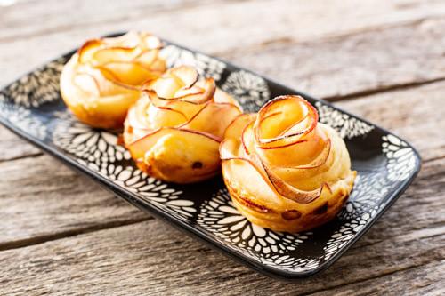 Pampered Chef Apfel-Blätterteigrosen