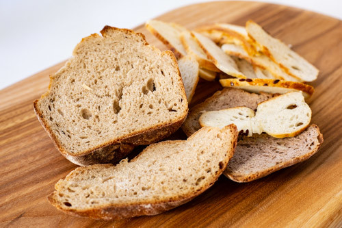 Trockenes Brot