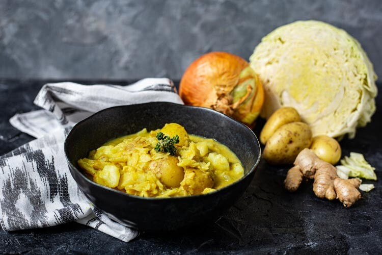Thermomix Kartoffel-Wirsing-Curry