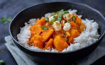 Veganes Süßkartoffel-Blumenkohl-Kichererbsen-Curry mit dem Thermomix